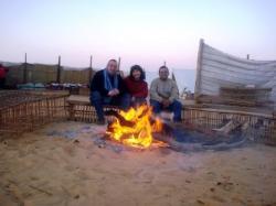 le-feu-de-camp-oasis-kharga.jpg