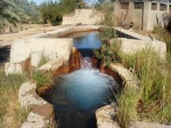 une-source-d-eau-chaude-3.jpg